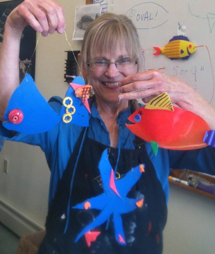 Bonnie Dillard : Volunteer Art Teacher
